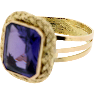 Yellow Gold Synthetic Alexandrite Ring