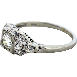 18K Gold Diamond Ring with Diamond Accents
