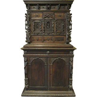17th Century Carved Italian Bambocci Cabinet