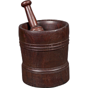An interesting mortar and pestle, early 19th century made of Lignum Vitae, has a possible connection with Abraham Lincoln.