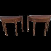 A pair of English early 19th century Mahogany Tea Tables.