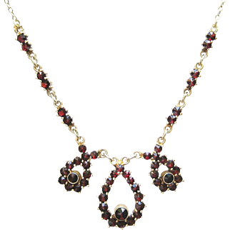 Vintage Star Cut Red Pyrope Bohemian Garnet & Silver Pear Shaped Pendant Drop Necklace   Granat Turnov Czech Republic