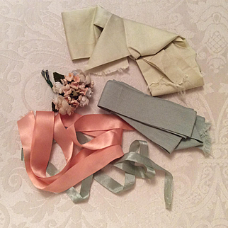 Early/Vintage Ribbons, Bow, Flowers For Dolls