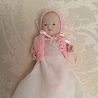"Lovely 5-Piece Gown Set for Small 5"" Baby Doll"