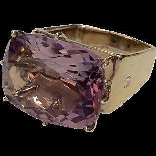 H. Stern 18K Amethyst Ring