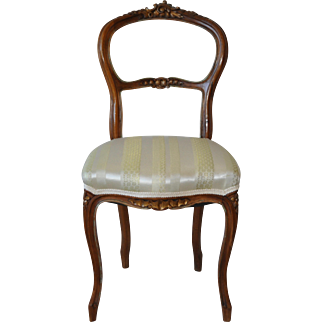 Louis XV Style French Walnut Accent Chair c.1880s