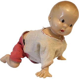 Irwin Mechanical Wind Up Crawling Baby Doll