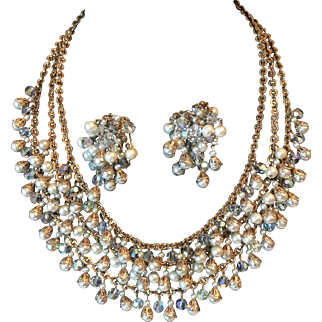 Hobe Necklace and Earrings