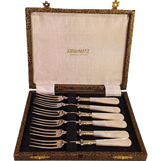 Sheffield Pearl Handled and Stainless Pickle Seafood Forks Kirk & Matz Set of 6 in Case