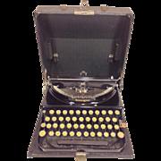 Vintage 1929 Remington Typewriter in Hard Black Case Carriage Not Moving