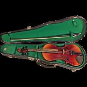 Antonius Stradivarius Style Violin 2 Piece Belly & Back in Case w/ Glasser Bow