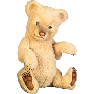 20 inch Fiona from the R. John Wright Bear Collection