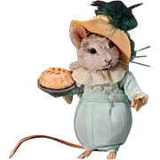 "3"" R. John Wright Little Jack Horner Mouse with Pie Artist Proof"