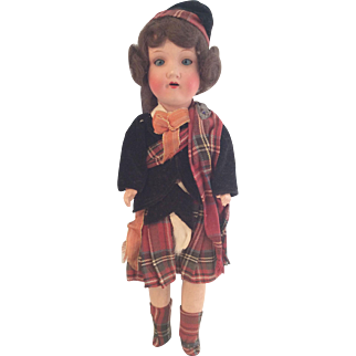 Belmoral Souvenir Doll~ Scottish~ AM 390~ 13.5 inch