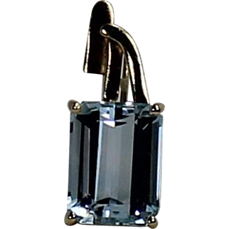 Aquamarine Pendant and Chain, 18kt, 14Kt YG