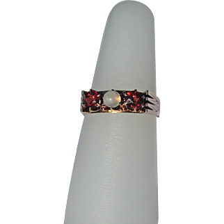 Victorian Garnet and Moonstone Ring, 14Kt Rose Gold