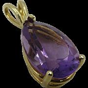 Stunning 6.00 Carat 14 Kt Gold Pear Shape Genuine Amethyst Pendant