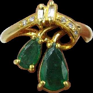 1.00ct Emerald & Baguette Diamond 18k Yellow Gold Women's ring