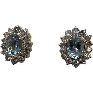 Vintage 14K yellow Gold 3.00ct Aquamarine and Diamond Stud Earrings 1.50cts