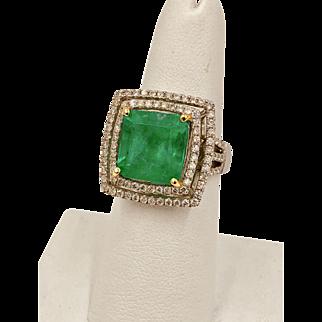 Vintage 7.70 Carat Colombian Emerald & diamond 18k White Gold Statement Ring