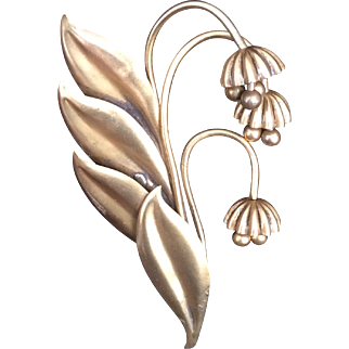 Classic Joseff Flower Pin
