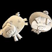 Two Little Piggies Pin Set