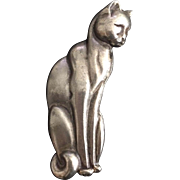 Lonesome Kitty Pin
