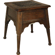 Table with Commode