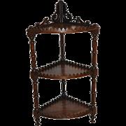 Corner Étagère with Three Shelves