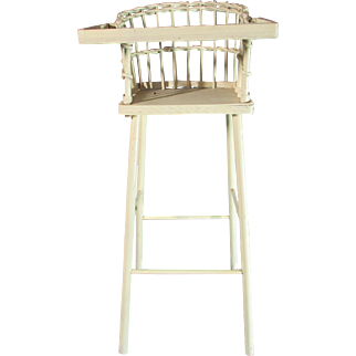 Great Little Vintage Wicker Doll High Chair