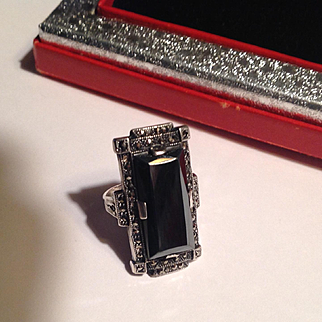 1920's Art Deco Sterling marcasite and hematite long ring - gorgeous!