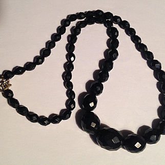 Antique whitby jet faceted beads necklace - perfect and gorgeous