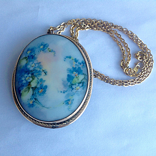 Antique Victorian gold filled large hand painted porcelain pendant or pin