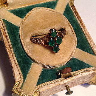 Antique Victorian 14k emerald ring - crisp and beautiful