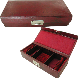 Antique Leather Traveling Jewelry Box.