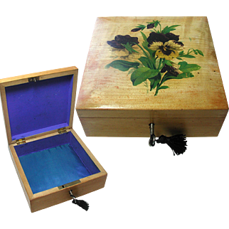Pretty Mauchline Jewelry Box. Painted Pansy Flowers on Lid. Silk Interior