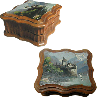Little Hand Painted Black Forest Souvenir Ware Stamp Box