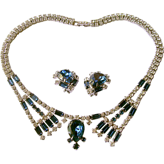 Carnegie Faux Sapphire & Rhinestone Collar Necklace and Earrings Set