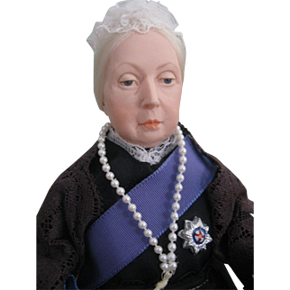 """Ann Parker Queen Victoria Character Doll 11"""""""