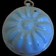 Antique Dollhouse Miniature Graniteware Enamel Jelly Mold