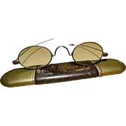 Early Wire Framed Spectacles in Case - 18th century