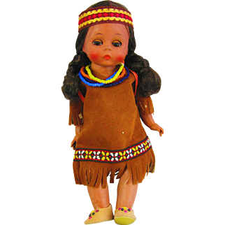 Hard to Find Pocahontas with the baby 1967-1970 Madame Alexander
