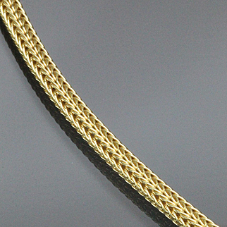 18 Karat Yellow Gold 3.6 mm Foxtail Mesh Chain 18 Inch