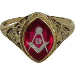 Rare Lady's Masonic 14K White Gold Ring with Compass and Square