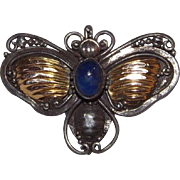 Wonderful Victorian 14 kt Yellow Gold And Sterling Silver Bee Or Fly Pin With Lapis Cabochon