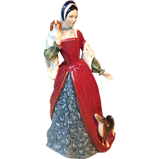 Royal Doulton porcelain figurine - Queen Anne Boleyn