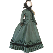 """Elegant visiting costume for 22 to 23"""" early fashion doll (1865)"""