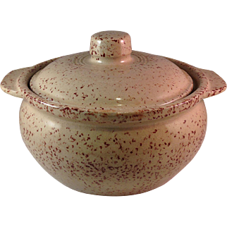 Vintage Monmouth Pottery USA Casserole with Lid