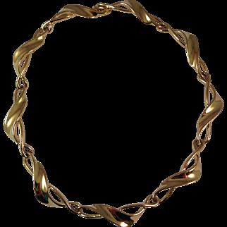 Vintage Trifari Gold Plated Cast Collar