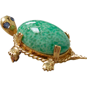 14K Gold Mottled Jadeite -Color Art Glass Turtle Pin With Sapphire Eyes